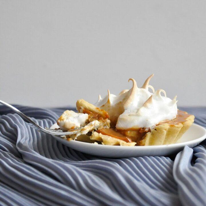 banoffee meringue pies