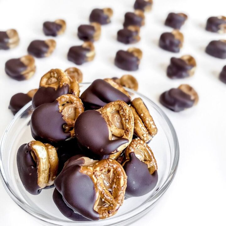 chocolate covered peanut butter pretzels