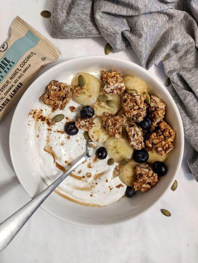 the perfect greek yogurt breakfast bowl