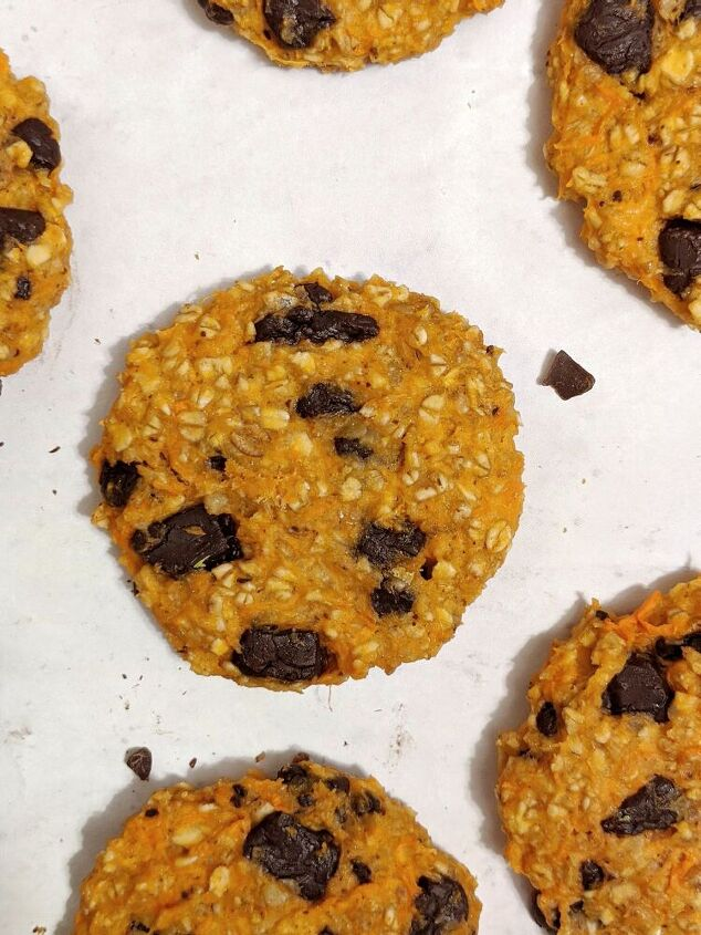 sweet potato protein oatmeal cookies with chocolate chips
