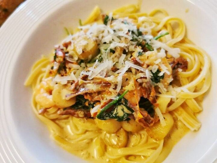 creamy tuscan seafood linguine