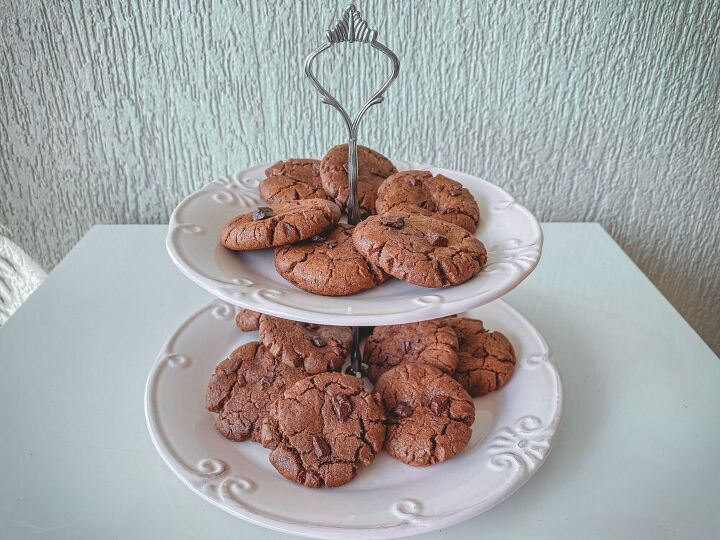 chewy and soft brown butter chocolate chip cookies