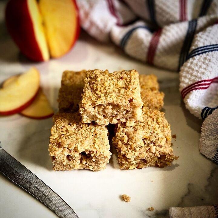 apple spice walnut blondie bars