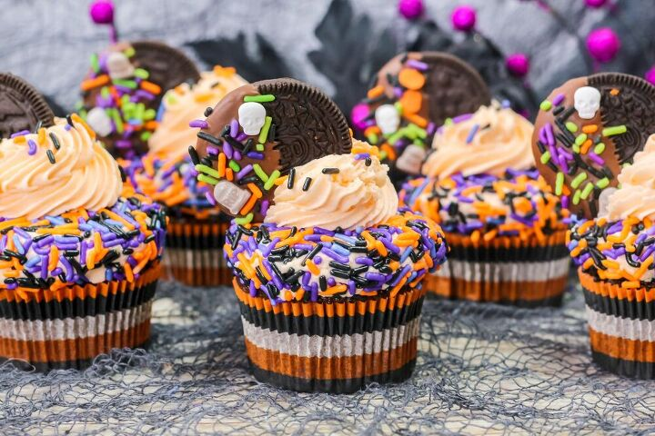 halloween oreo frosting cupcakes