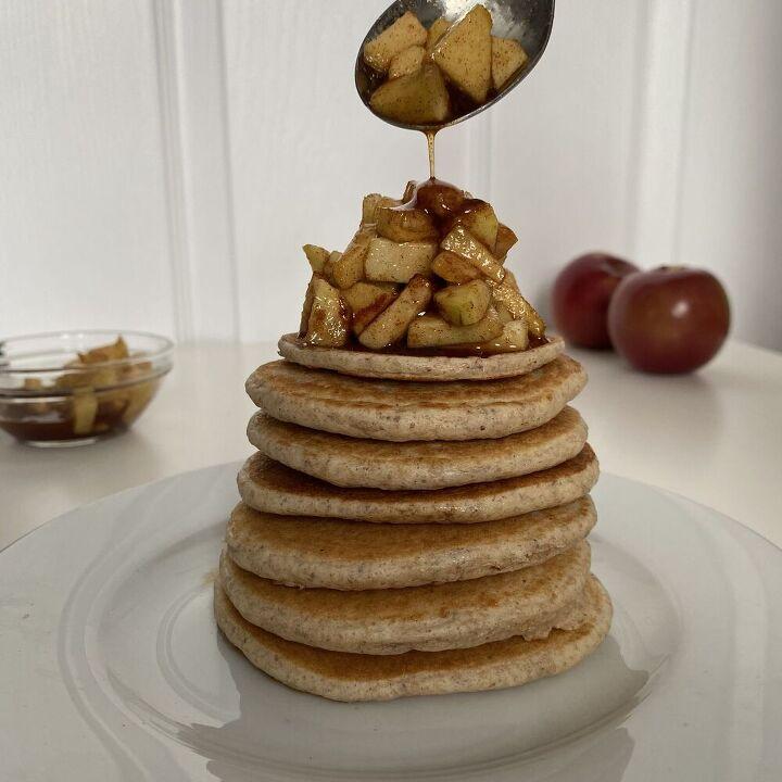 apple pie pancake topping