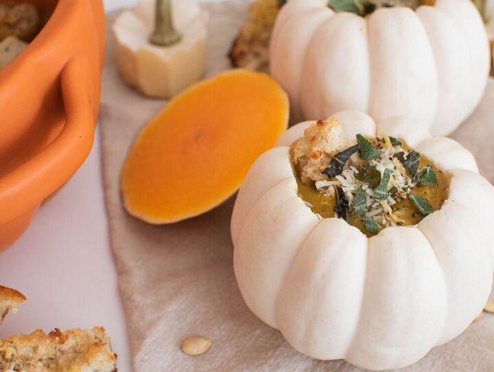 roasted butternut squash soup with sourdough sage parmesan croutons