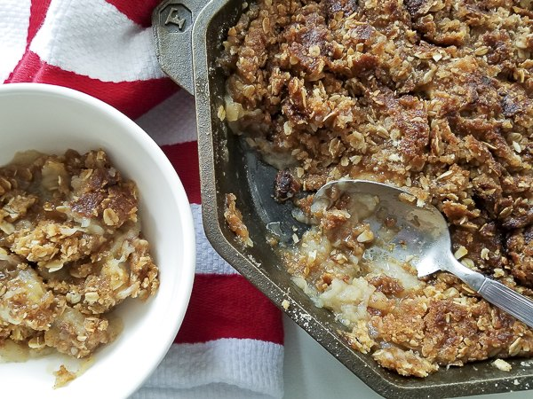 cast iron skillet apple crisp