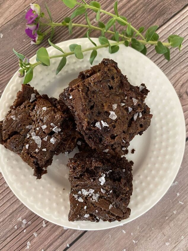 salted caramel brownies, Who doesn t like a good brownie