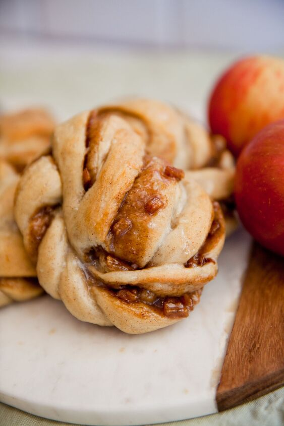 s 20 delicious treats for anyone who can t get enough caramel, Caramel Apple Twists
