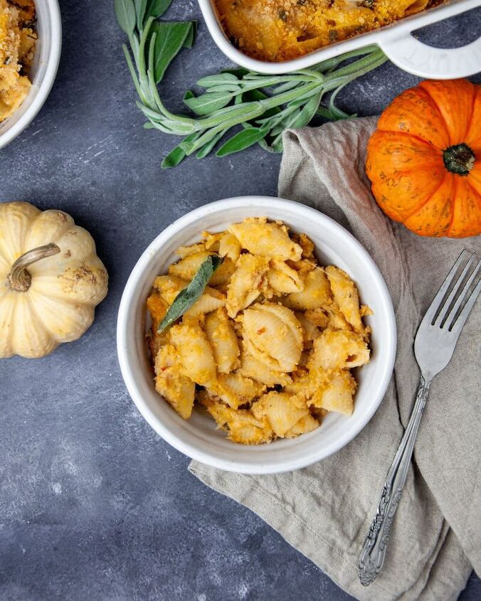 baked pumpkin mac cheese with sage