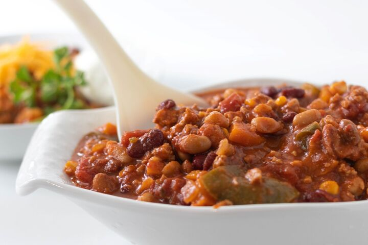 s 12 hearty chilis that will keep you warm this season, Hearty One Pot Turkey Chili