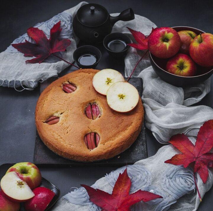 delicious and easy apple cake recipe