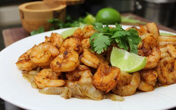 Seared Chipotle Rub Shrimp With Caramelized Onions