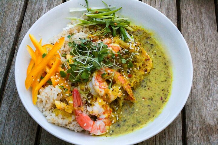 basil lemongrass coconut curry