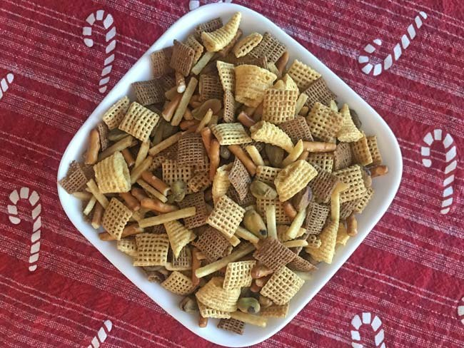 make your own custom chex mix