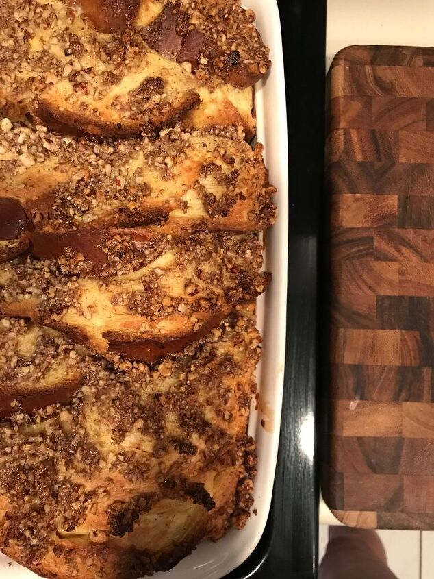 french toast bake with pecan crumble