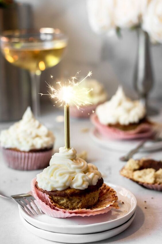 paleo low carb champagne cupcakes a low fodmap dessert