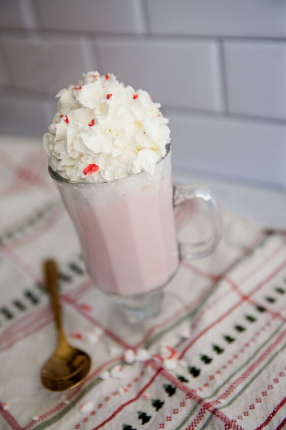 s 15 amazing hot drinks to keep you warm cozy this week, Peppermint White Hot Chocolate