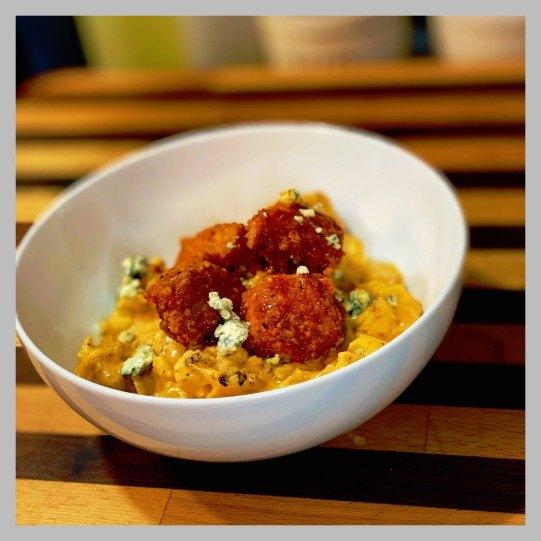 vic s tricks to buffalo chicken cauliflower mac cheese