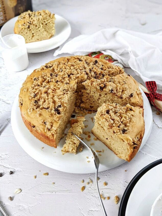 fail proof simple vanilla protein cake with oat streusel