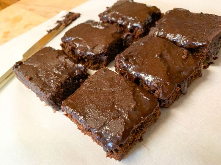 chocolate collagen brownie cake