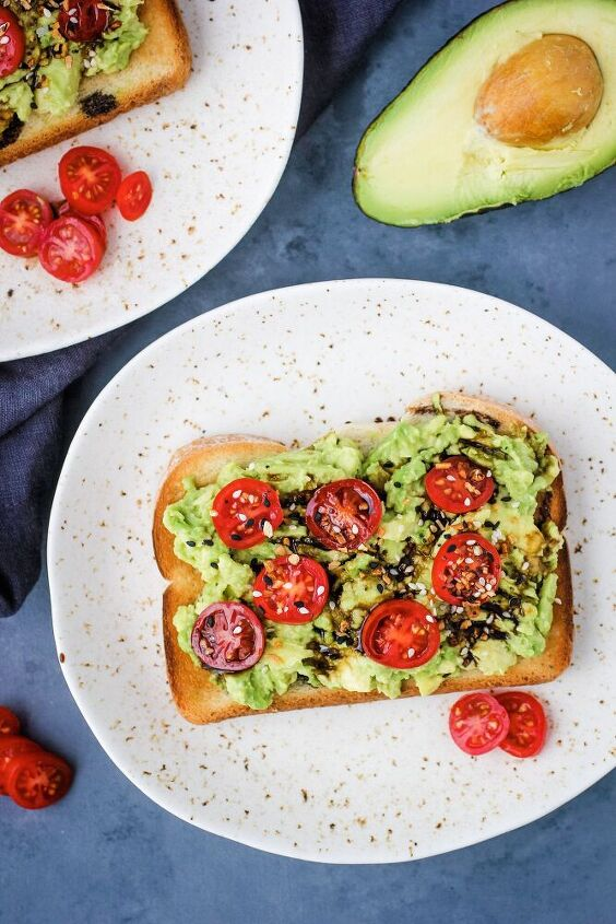 avocado toast with balsamic glaze