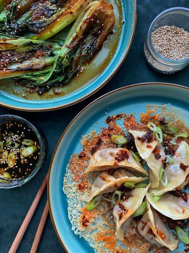 vegan jiaozi dumplings