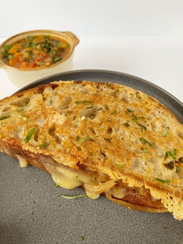 rosemary gouda grilled cheese