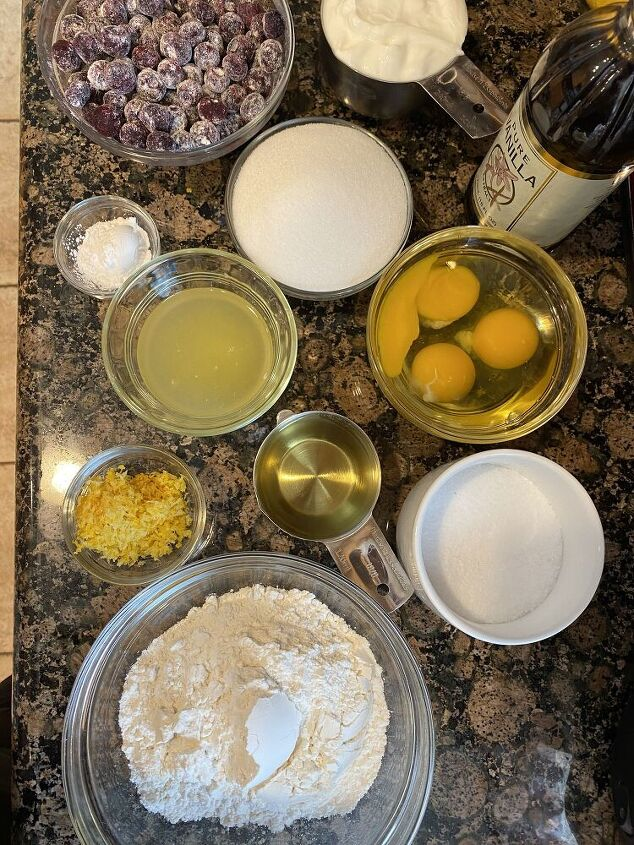 lemon blueberry yogurt loaf, Lemon Juice and Lemon Zest make this tasty