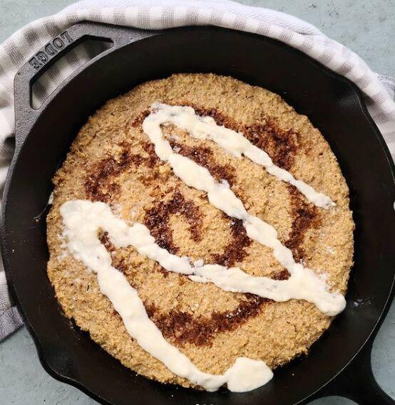 cinnamon roll oats