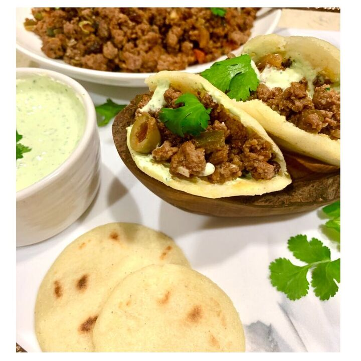 arepas with beef picadillo