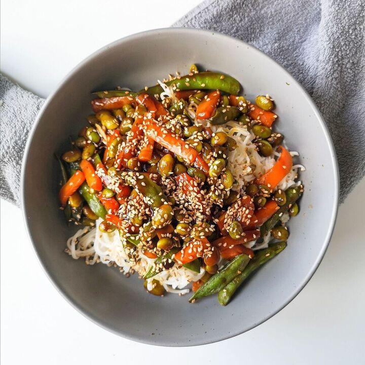 teriyaki veggies with soba noodles