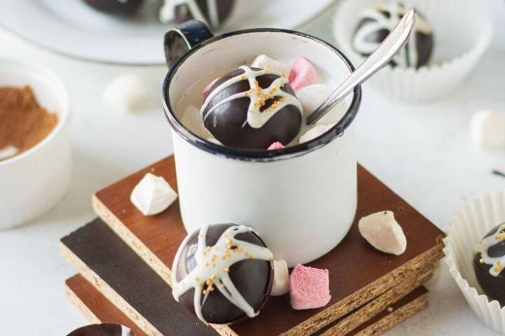 mini hot chocolate bomb recipe for warm winter drinks treats