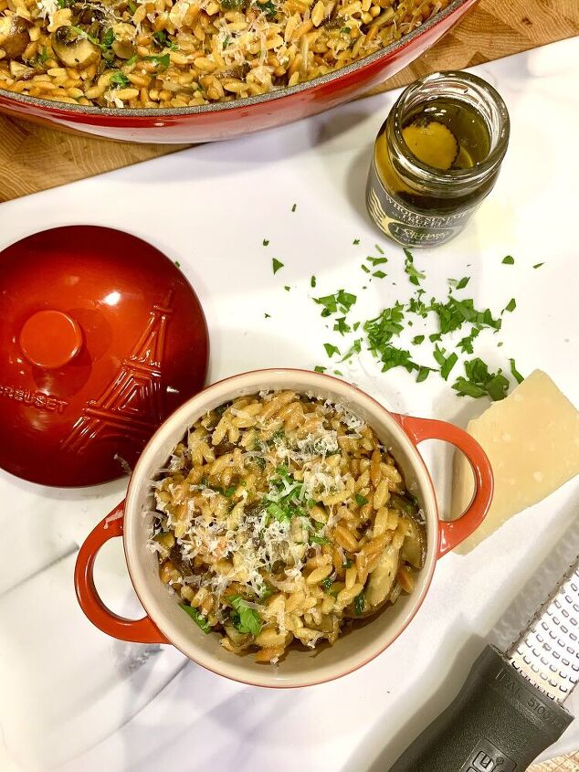 creamy risoni with mushrooms
