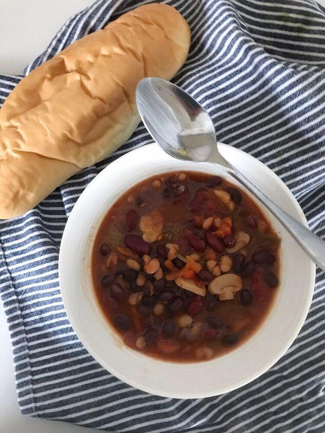 slow cooker three bean chili
