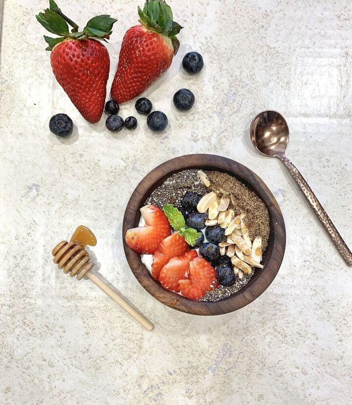 berry yogurt power bowls