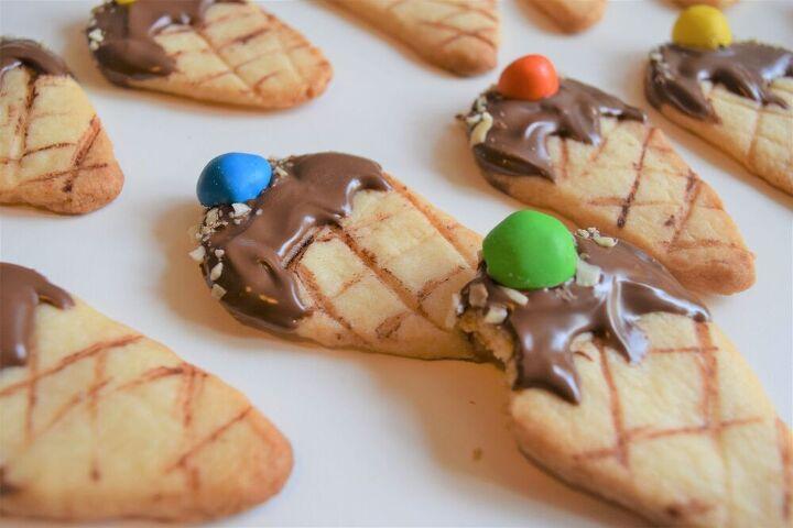 eggless sugar cookies ice cream shaped cookies