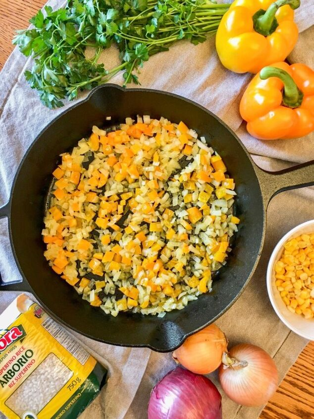 pepper and sweet corn skillet risotto