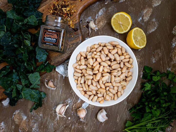 Quick braised Cannellini Beans and kale