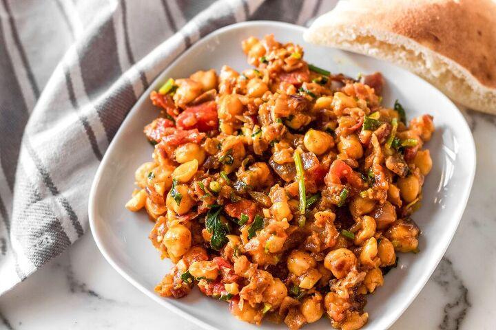 easy chana masala dish