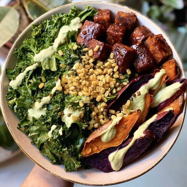 sweet and smoky tempeh bowl