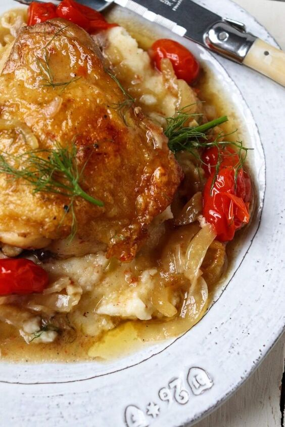 roasted chicken thighs with fennel and cherry tomatoes