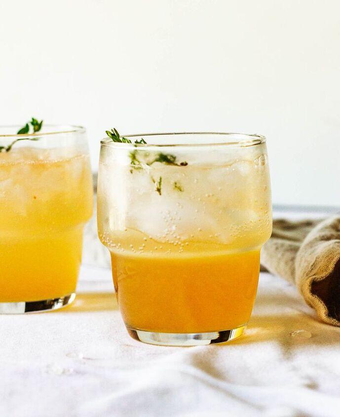 grapefruit thyme vermouth spritz