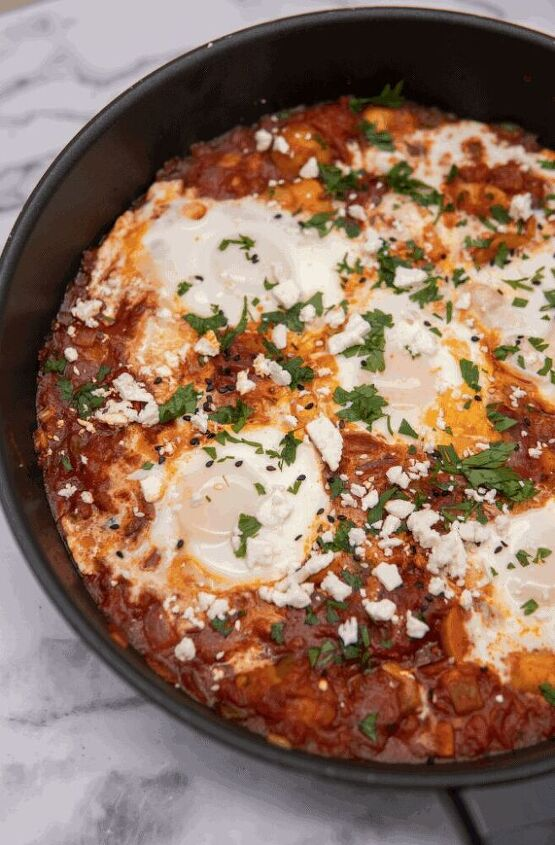 spicy potato shakshuka