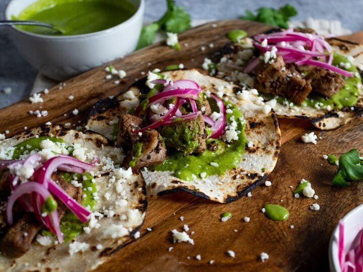 pork tacos with salsa verde