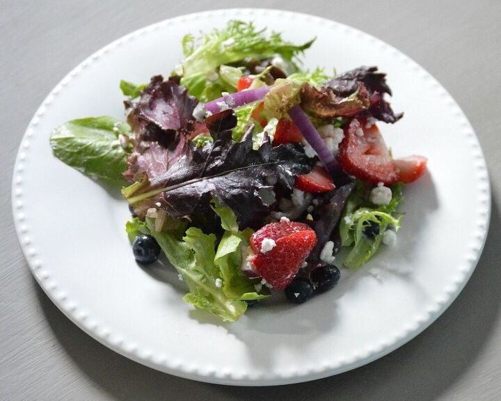 red white and blue summer salad
