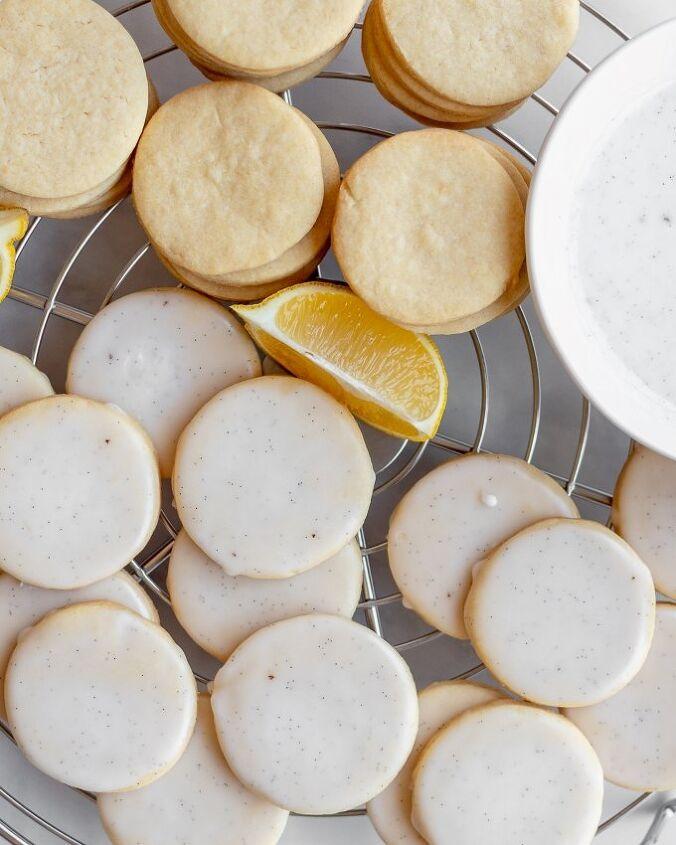 lemon cookies with vanilla bean glaze