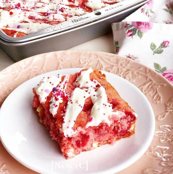 strawberries and cream cake squares