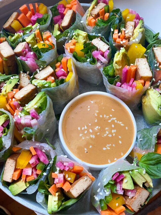 rice paper rolls with spring veg ginger sesame tofu and peanut sauce