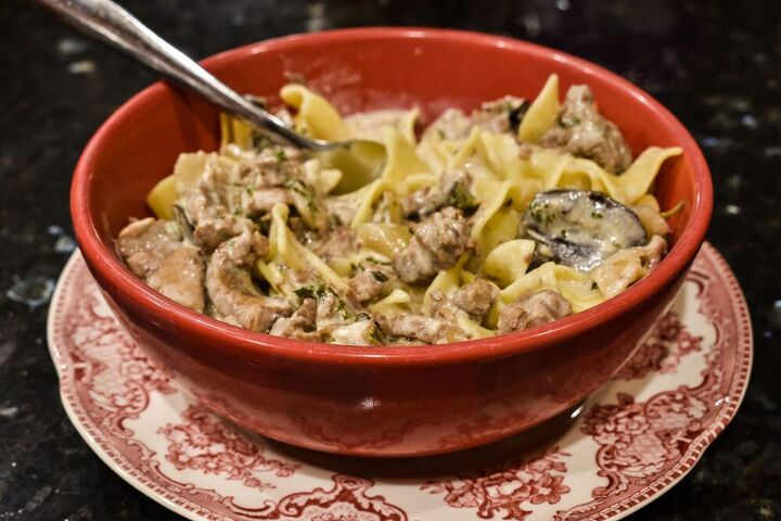easy crock pot beef stroganoff with mushroom soup